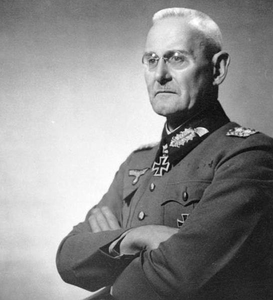 "Halder: ""Farewell to the Führer. My nerves are worn out, his too"". Hitler now demands ""fanatical faith in the Idea"" from all the German General Staff. https://t.co/xvW50r0LK8"