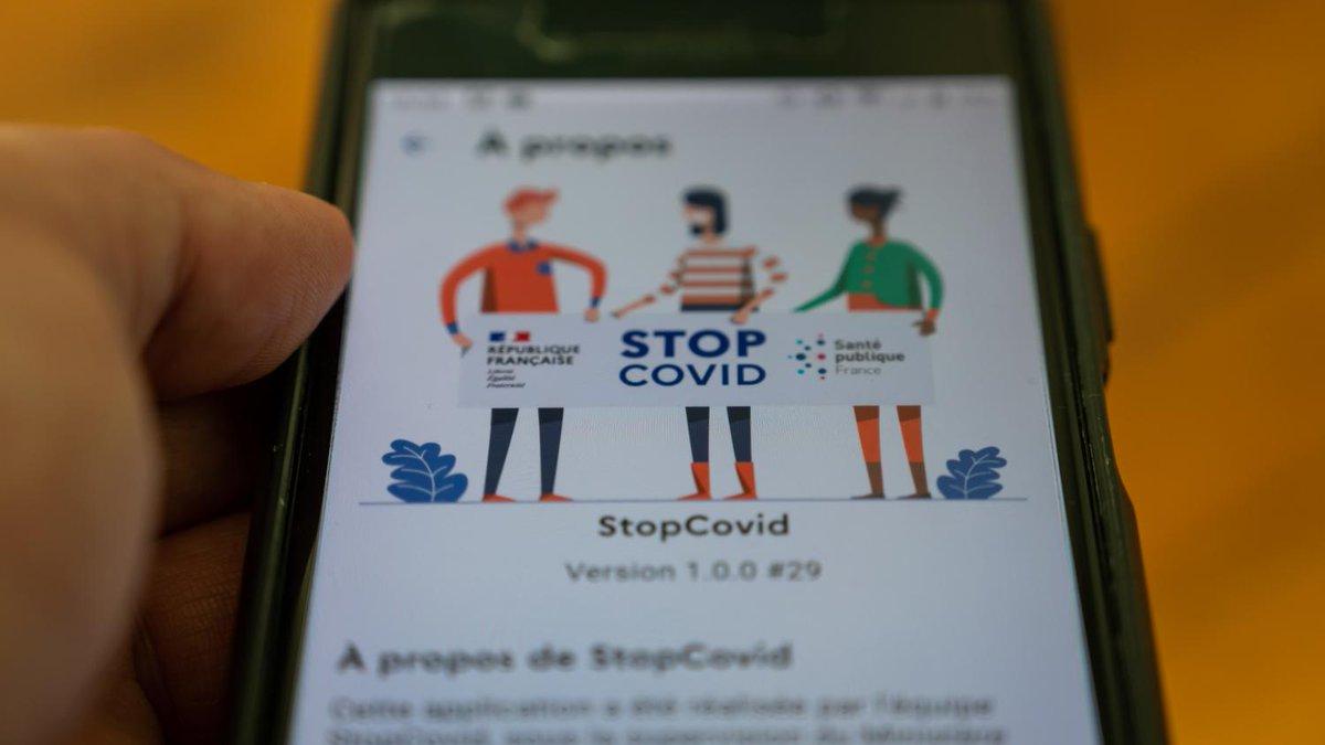 """VIDEO ▶ Coronavirus: """"Non, je n'ai pas téléchargé"""" l'application StopCovid, reconnaît Jean Castex  https://t.co/Ao71pgZwH7 https://t.co/fnGhQ1LPKR"""