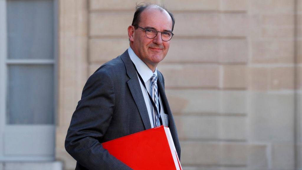 """Roland-Garros: """"La jauge est abaissée à 1000personnes"""", annonce le Premier ministre Jean Castex  https://t.co/4B68msSF94 https://t.co/mSwkfRM1Pv"""