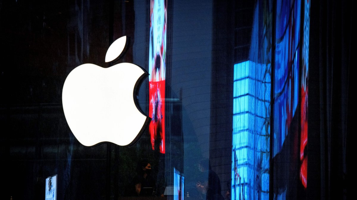 The rallying cry against Apple's App Store policies is getting louder