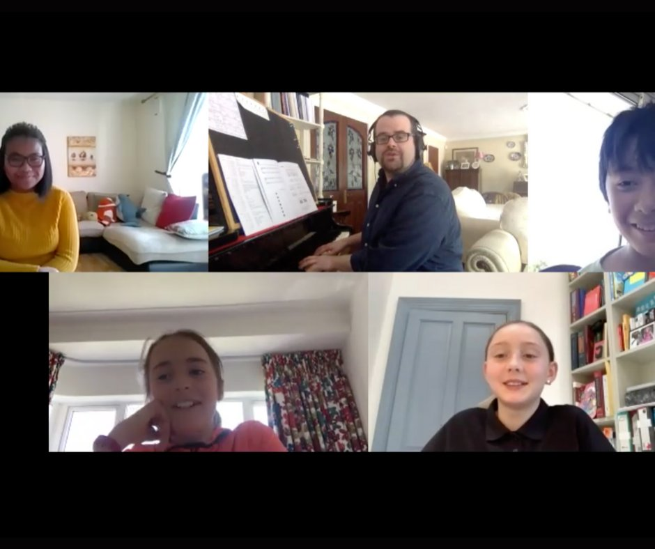 A happy team of #SharpKids online with our dynamic & charismatic Dr.David Coonan Keep the kids busy this Autumn -they'll have fun exploring music through singing, movement & develop the all-important 'ear' and a love of music  DM for more info 🎶or 👉 https://t.co/K1QCIOOtPy https://t.co/TTlmrhZcwU