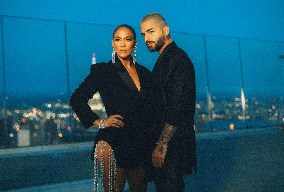 Maluma (@maluma) y Jennifer Lopez (@jlo) estrenan los videos de las colaboraciones 'Pa' ti' y 'Lonely' https://t.co/x1bb7NBuxo https://t.co/aErWV04NUq
