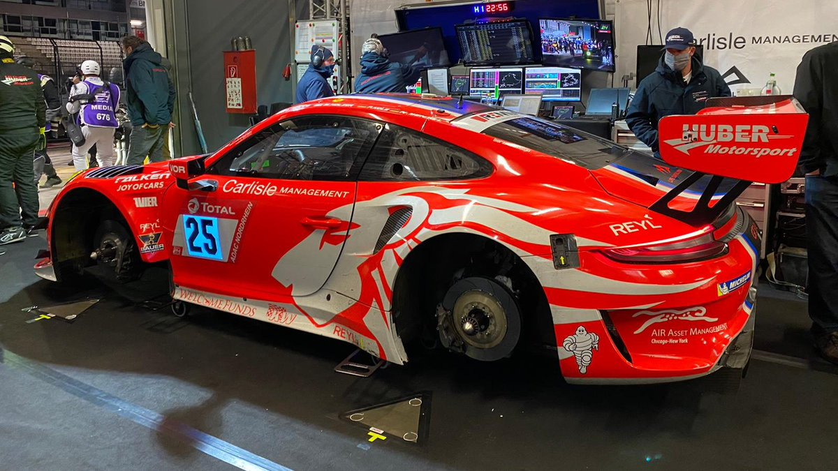 #24hNBR - The no 25 #911GT3R of #HuberMotorsport with @MarcoHolzer, #NicoMenzel, #PatrickKolb and Lorenzo Rocco di Torrepadula is 4th best #Porsche @24hNBR on P21 https://t.co/MfqLY2PPLE