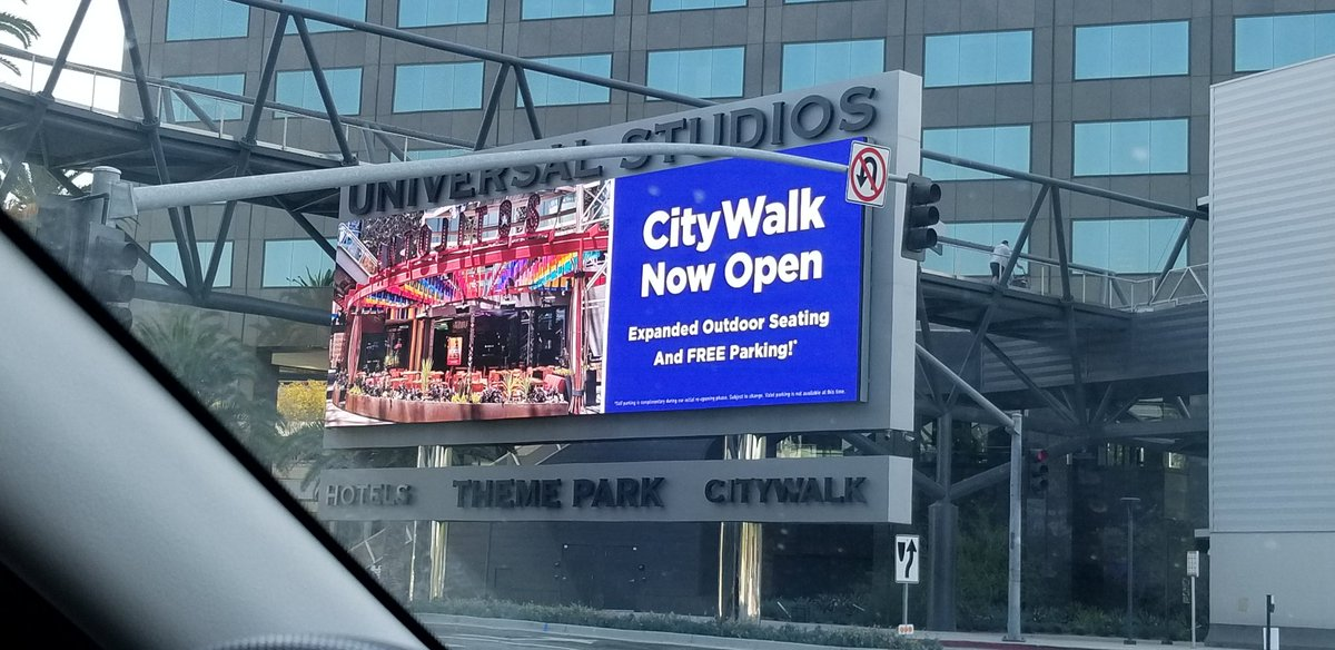 I Had A Wonderful Time At Universal Citywalk With My Mom! And It Wasn't Crowded Today Since Universal Studios Hollywood Is Still Closed!  #UniversalCitywalk #UniversalStudiosHollywood #HotTopic #UniversalStudiosStore  #AntojitosCocinaMexicana  #NBC #NBCLA #NBCUniversal https://t.co/a2GBr10jIs