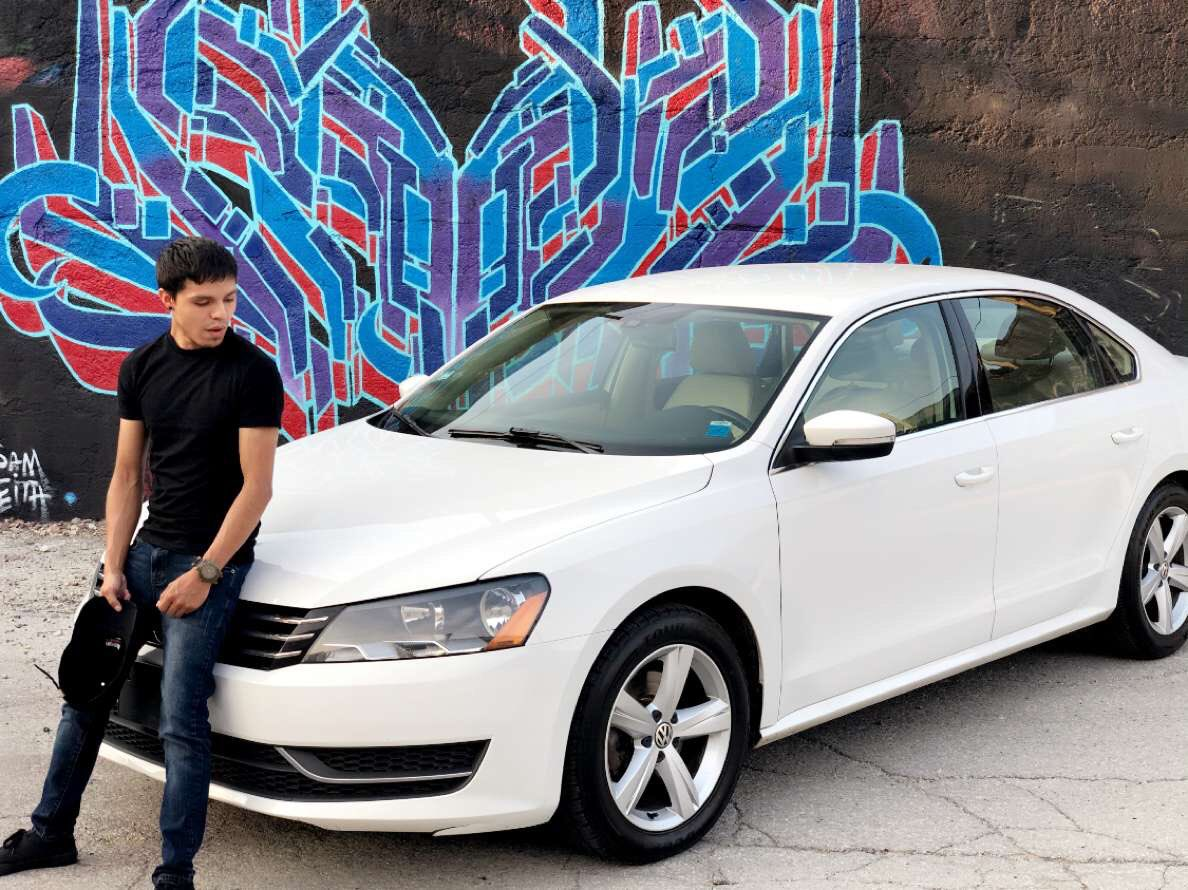 My very first car 😎🚘 @VW #Chicago #pilsen #chitown #car #cars https://t.co/0mHmXE5eBP