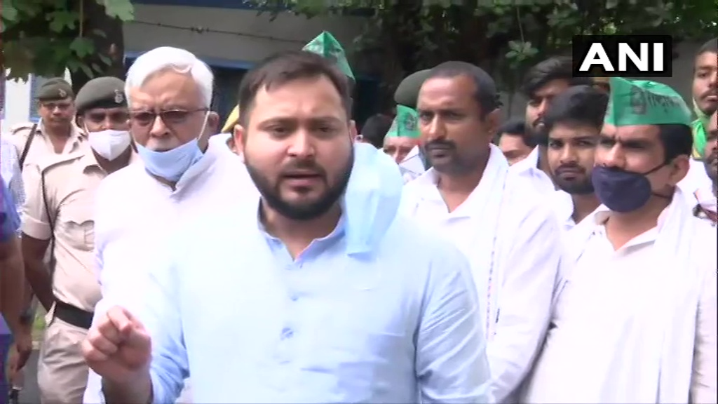 Govt has made our 'anndaata' a puppet through its 'fund daata'. #FarmBills are anti-farmer and have left them dejected. Govt had said that they'll double farmers' income by 2022 but these Bills will make them poorer. Agriculture sector has been corporatised: Tejashwi Yadav, RJD https://t.co/FYawl9Wfsi https://t.co/svbzHao9Ez