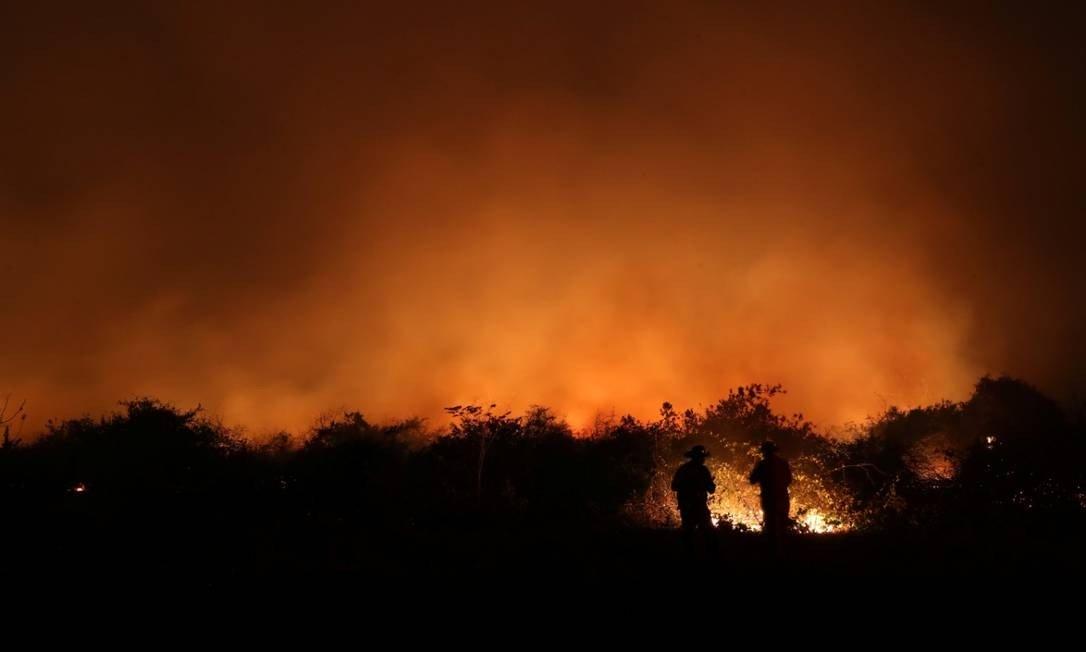 Bolsonaro e Salles dizem que fogo no Pantanal é culpa de ações equivocadas do passado Presidente afirma ainda que, por trás das críticas à política ambiental brasileira, há razões econômicas https://t.co/RHTgl2bFJD https://t.co/0UUZYmlPLu