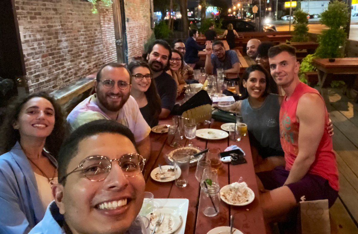 #tbt friends + fam hangout at @StrangewaysBar  ps is this still the official bar of @UTSWSurgeryLife or is it back on the market? #sour #farmhouse #gose #fernet https://t.co/xS5tdxHlo8