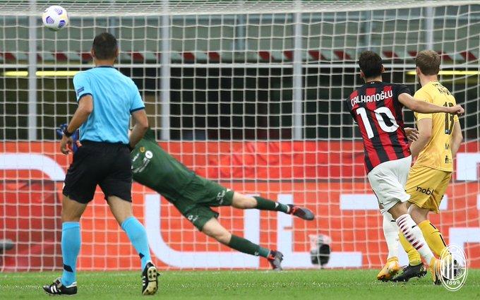 ¡Extrañaron a Ibra!   Milan pasa sufriendo en Europa League   https://t.co/tM8tSkxOTm https://t.co/rOA4vFyQ9Y