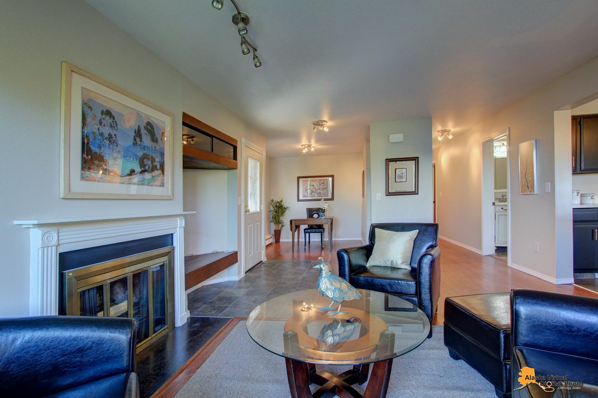 Mary Cox On Twitter Click Https T Co Asdqt413ot To View This Centrally Located Condo W New Paint And Updated Bathrooms Property Features A Private Balcony Off Living Room And Office Area Spacious Master Bedroom