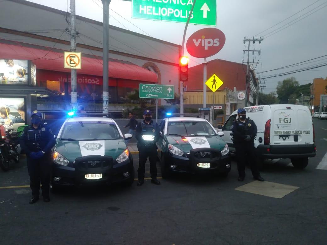 Gracias a @SSC_CDMX por operativo para prevenir robo de vehículo en #Azcapotzalco https://t.co/QjjmukXBJU