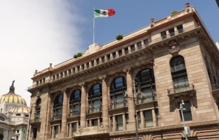 Banco central de México baja tasas de interés a 4,25%, su menor nivel en cuatro años Entérate aquí: https://t.co/Nmkr3Li5Za   // #Emprendedores #Negocios https://t.co/Hj7rUdjrRk