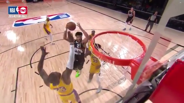 JAMAL MURRAY ARE YOU KIDDING?! 🤯   (via @BleacherReport)   https://t.co/u7kvG3SIpf