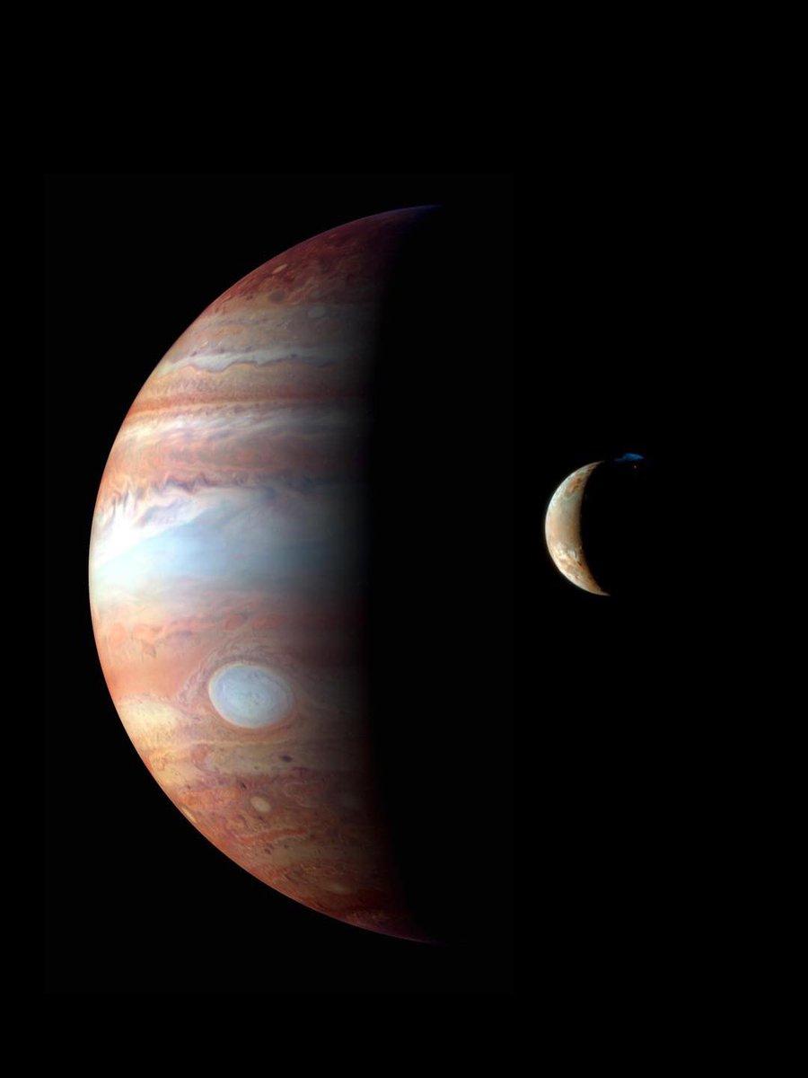 Júpiter e Ío. https://t.co/ZHmYM1tj7b
