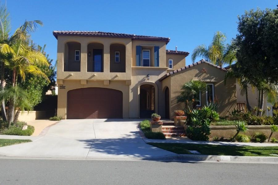 Foreclosure Auction - Carlsbad, CA 92009 Single Family Residence 5 Beds, 4.5 Baths, 3,688 sqft $1,150,000 (Est. Opening Bid)  Est. Market Value:$1,289,000 Visit https://t.co/MoKQbyFyn1 for details or call 619-780-7080 #foreclosures #realestateinvesting https://t.co/iw0LGwroRG
