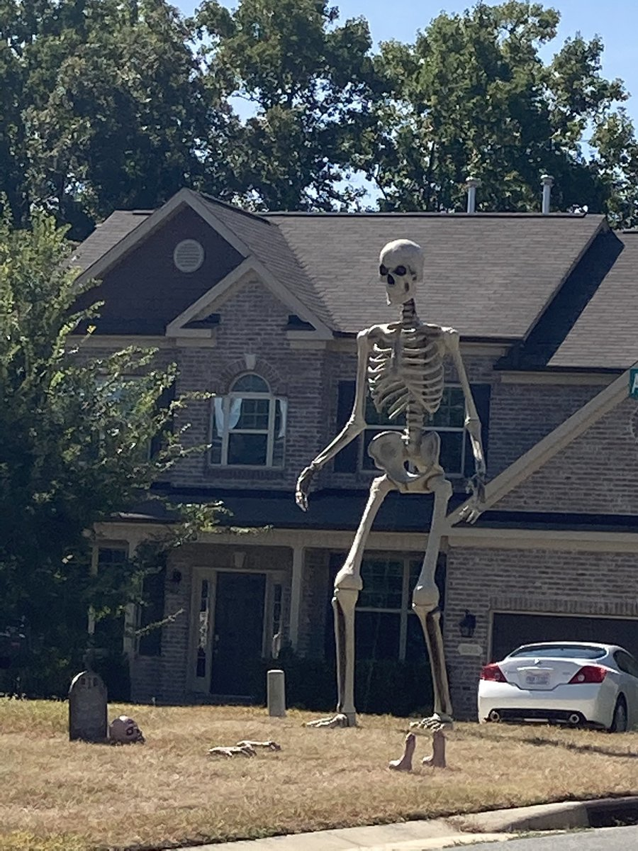 Zach Long On Twitter Home Depot Giant Skeleton 2020 Home Depot Giant Skeleton 2030