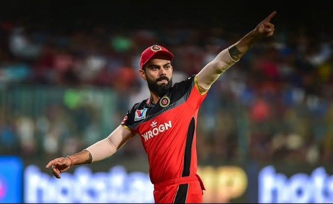 Most Catches As A fielder in this decade :  1) #ViratKohli - 234 2) #RossTaylor - 215  So stop crying on 2 Dropped catches bitch. #RCBvKXIP https://t.co/9lCOXDIpfk