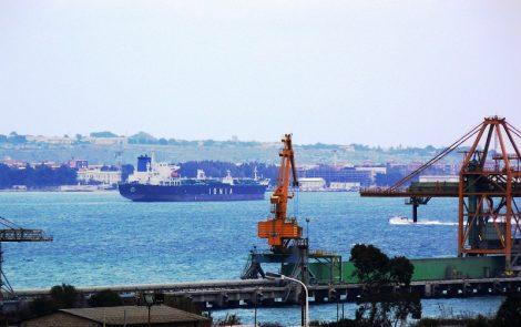 Covid19, positivi 4 militari di una nave italiana ormeggiata al pontile Nato - https://t.co/deD4YHBaTL #blogsicilianotizie