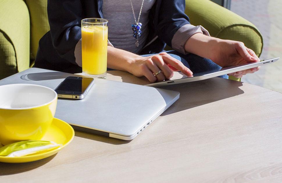 ¿Es el #hogar la nueva #oficina para los #empleados?: https://t.co/yHBgeYNEdh #Employees #Teletrabajo #Telecommuting #Cloud #HerramientasColaboraciónOnline #OnlineCollaborationTools #Creatividad #Creativity #Productividad #Productivity   @masvoz part of @Enreach4 https://t.co/bx099yRnoy