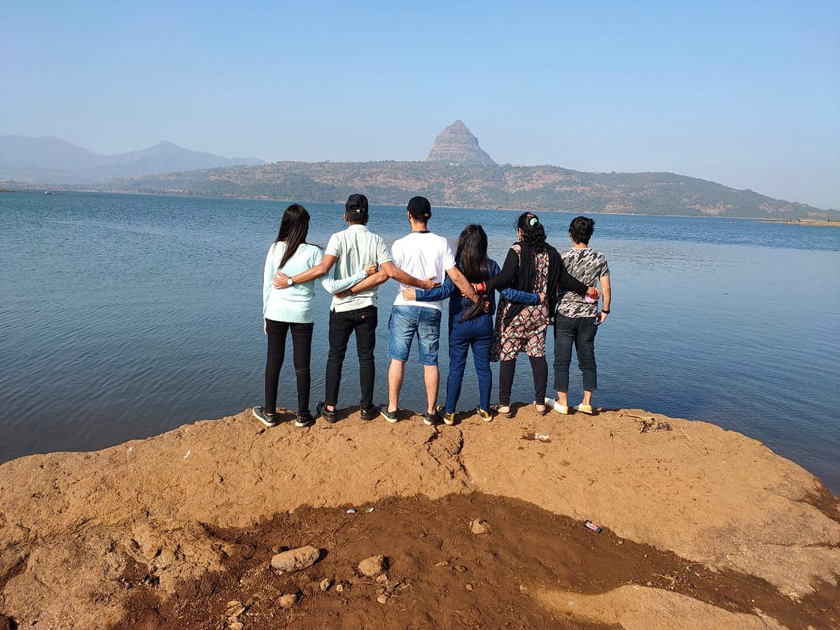 If there is magic on this planet, it is lake.  Visit :- https://t.co/JDTOXcduhk Call  :- 8381004848/9834122218  #pawnalakecamping #pawnacamp #lakeview #lakelife #tentstay #friends #forever #hollydays #lonavalatrip https://t.co/vW0L1Dpluq