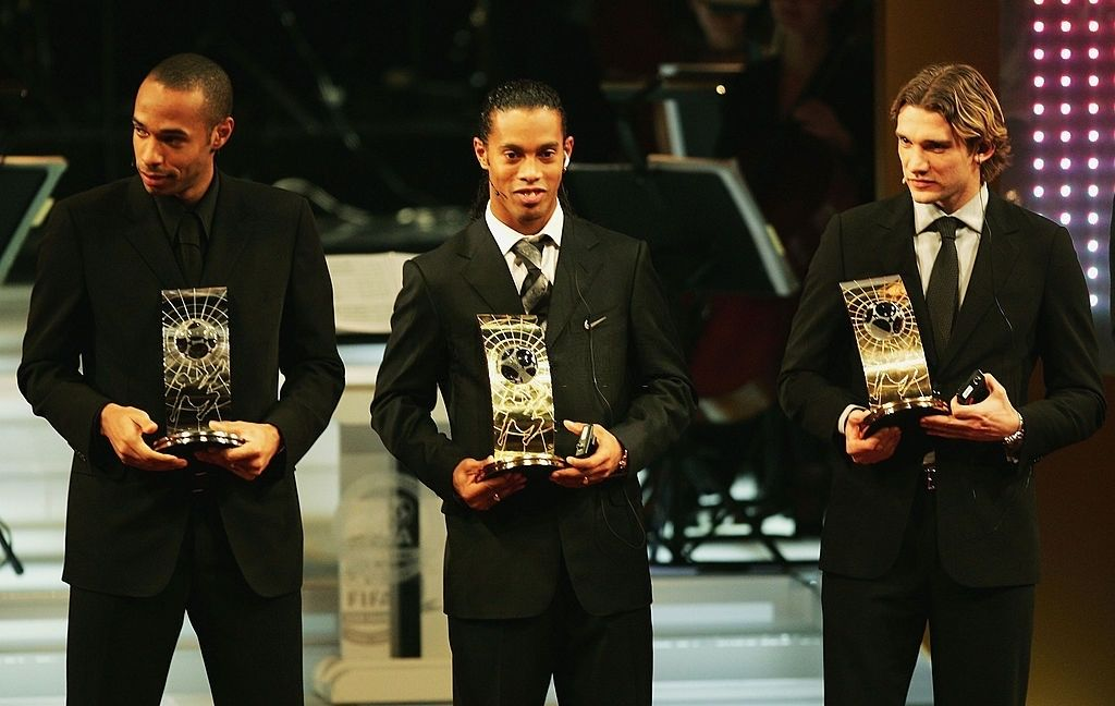 Thierry Henry, Ronaldinho and Andriy Shevchenko during the FIFA Centenial World Player Gala 2004 at the Zurich Opera House. #FlashbackFriday