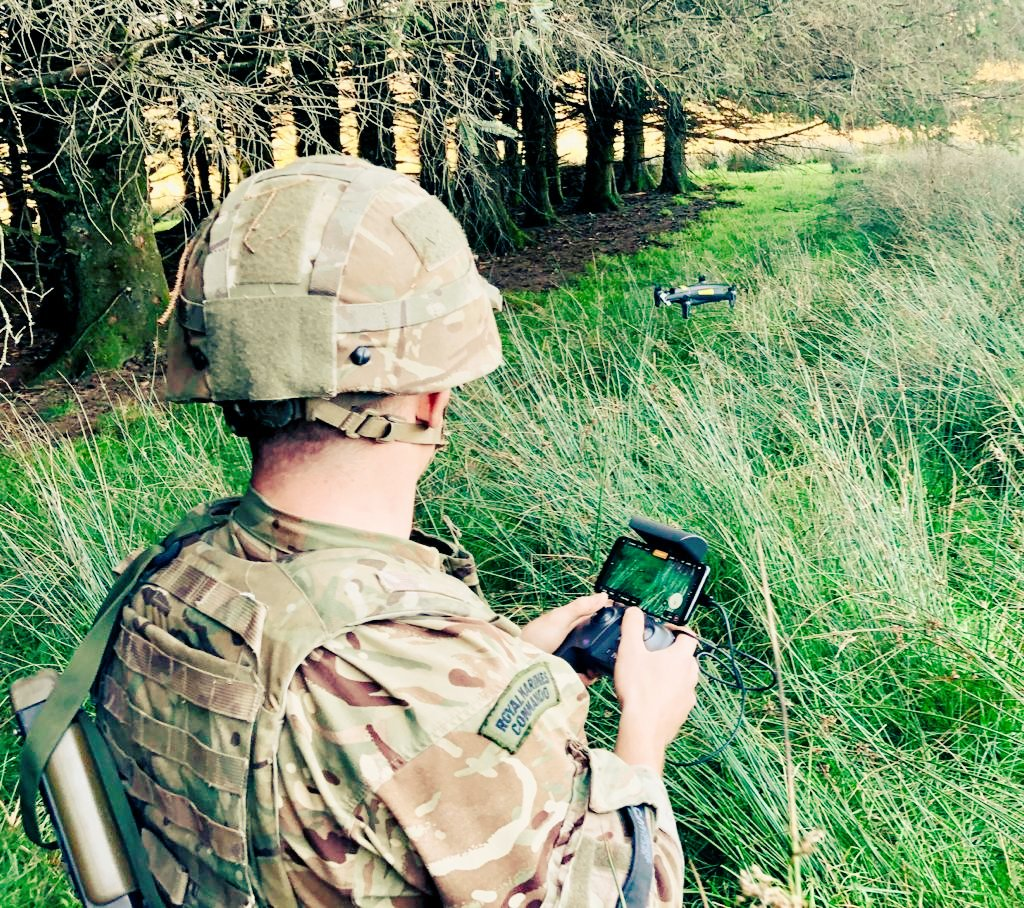 """There's a way to do it better – find it."" –Thomas A. Edison. Mortar Troop embracing #innovation and #SelfDevelopment on their latest successful orders and patrol exercise. @RoyalMarines @Navy_Innovation ⚡#FutureCommando"