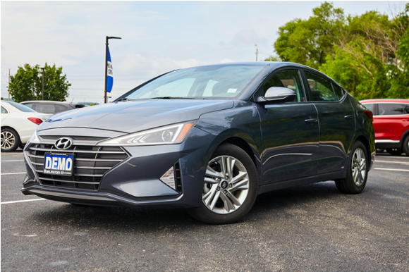 Getting a new car shouldn't be intimidating whether it's buying it or driving it. Come in and see our friendly product specialists and our wide selection of user-friendly vehicles like the Hyundai Elantra.  #BurlingtonHyundai #HyundaiCanada #Burlont https://t.co/T4QgjtuSjv