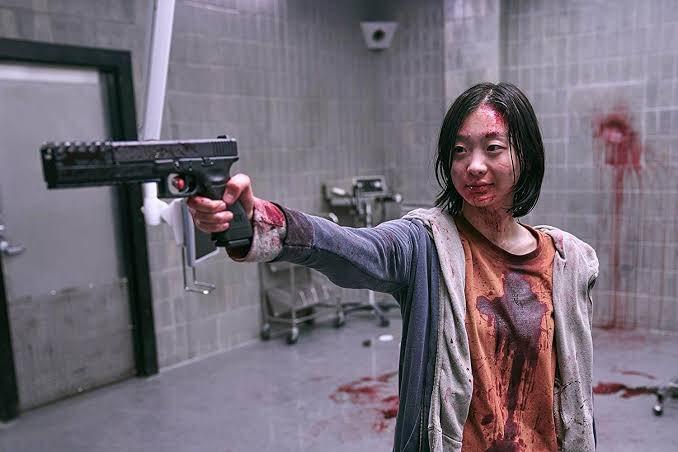どこにでもいる平凡な女子高生が実は超ヤベー暗殺者だった映画『The Witch/魔女』が今日からネトフリで観れますよ!
