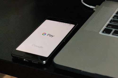 #GooglePay doesn't share Indian customer's transaction data with third parties, says #Google   https://t.co/HuGeFzfacH https://t.co/KDUQNh4RSp