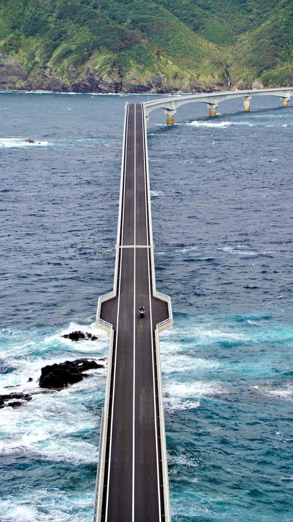 先月に完成したばかりの甑大橋!これが見たくてやってきました!
