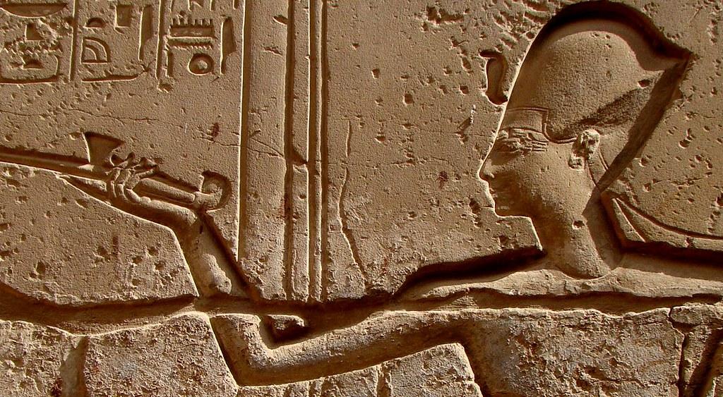 \本日24時締切🏃♀️💨一度は行ってみたい!!#エジプト ってどんな国🇪🇬 /  日本語が上手で、気さくな人柄の現地出身ガイドハマちゃんがエジプトに関する様々な面白情報を現地の古代遺跡とともにお届け🌈 ✨9/26(土)15:00~高評価率100%✨バーチャルツアー開催🎉 詳細はこちら⬇️ https://t.co/4tUK0pzB61 https://t.co/4RSF1ejkhK