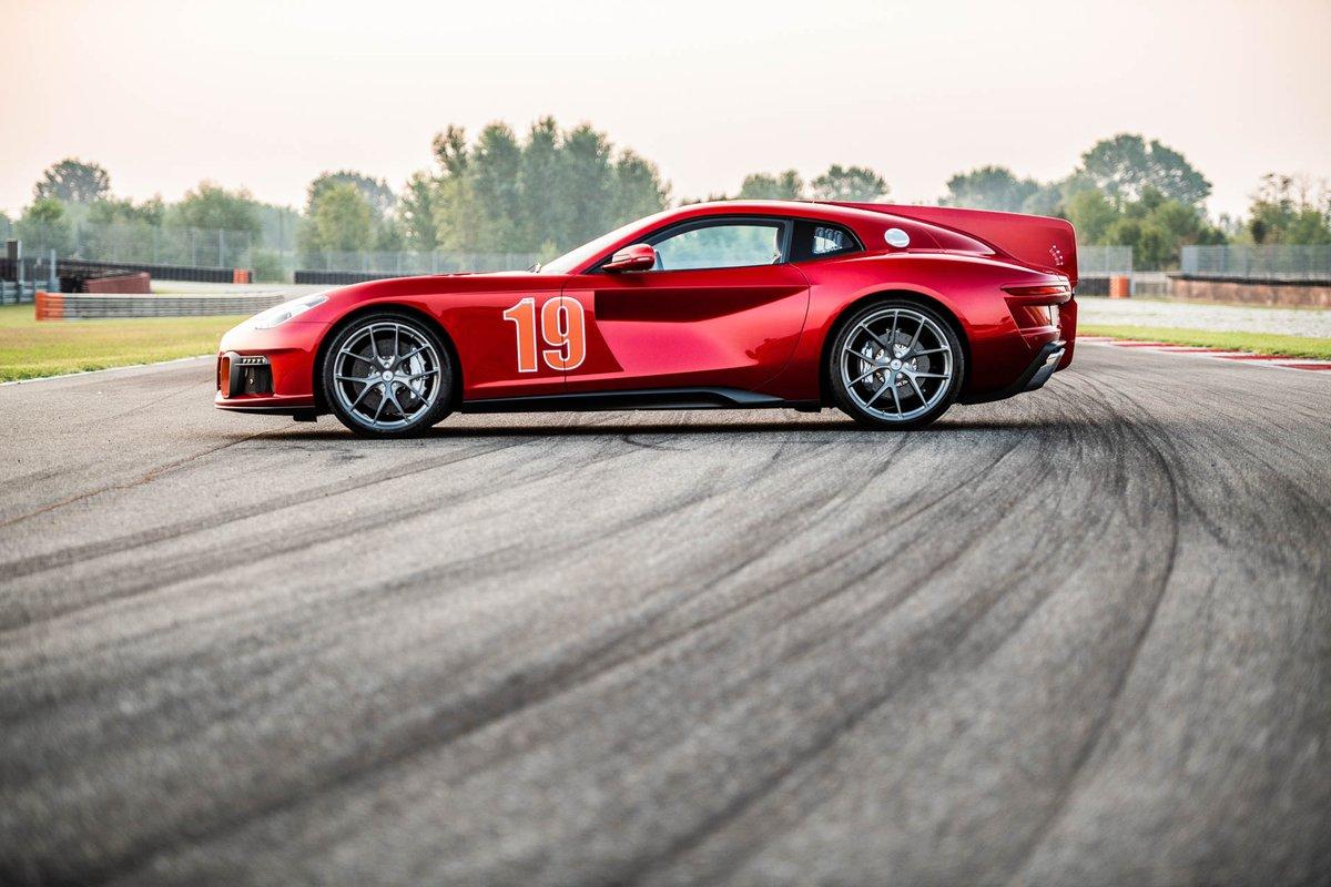Der Ferrari F12 Berlinetta ist bestimmt kein Fahrzeug, welches häufig anzutreffen ist. Wem das nicht genug ist, wird an dem Touring Superleggera Aero 3 ganz bestimmt Gefallen finden.    #Aero #Aero3 #Ferrari #FerrariF12 #FerrariF12Berlinetta #TouringAero3 https://t.co/jHeUvgg0KS https://t.co/SxGLYqXdZb