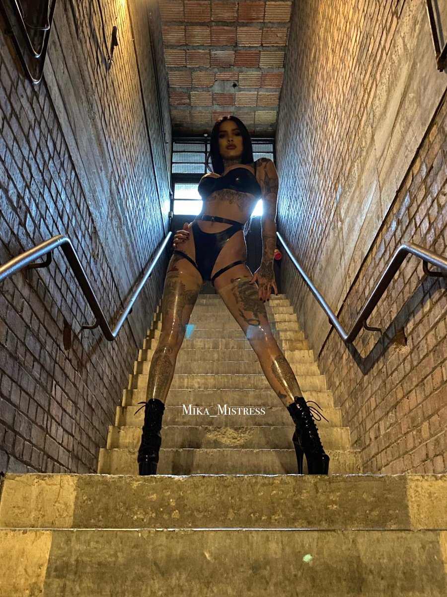A perfect day to  Bow down, submit and worship me.   35% off  https://t.co/RXYgEu0t0m  Limited time.   @Hogspy @British_Femdom @DommeAddiction @DommeDaily @CuckList @Femdom_Glamour @FemdomFan5 @rubberdom @TightShinyLatex @shiny_leggings @ShinyDigest https://t.co/JJSZC75WO1
