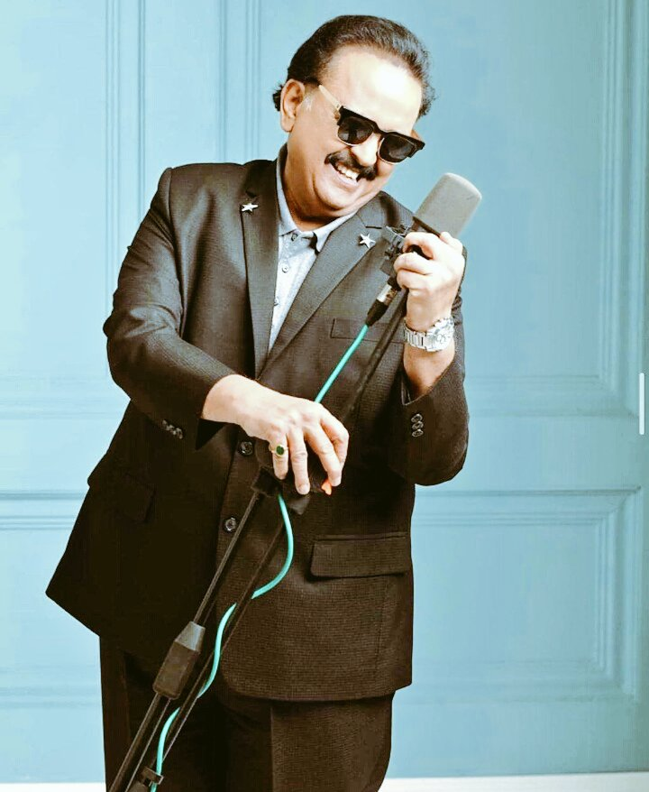 Extremely saddest horrible news #ripspb  #SPbalasubramanyam deeply sorrow from #Pakistan huge potential loss of #India his family,fans&friends always remembered him as a great motivational making us emotional today hope departed soul be at better place where his music communicate https://t.co/a6XoJB6tpf