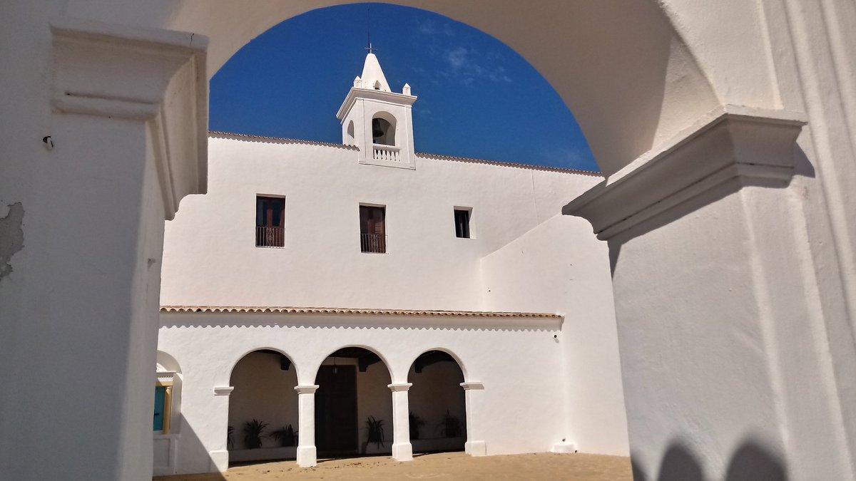San Miguel. Fa un moment📷 #Ibiza https://t.co/fux6lgiwp4