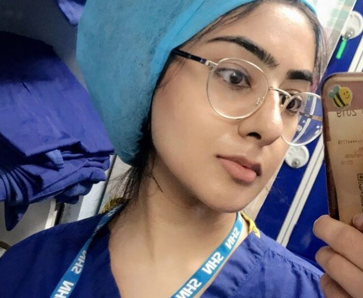 'This experience has definitely made me consider going into cardiology. Each patient had a unique problem and the insight I gained was amazing'.   Pharmacist trainee Ayesha shares how much she loved her recent cardiology rotation.  #WorldPharmacistsDay https://t.co/hHj0t9ZDTY https://t.co/Ung8FHkuOI