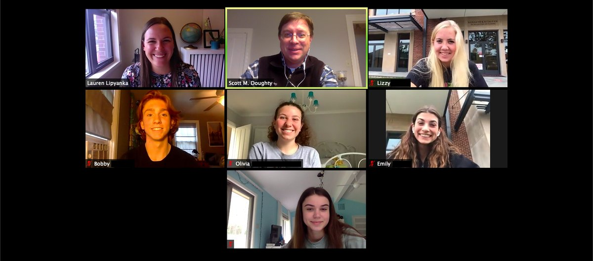 College Counseling Office is still conducting  college/university visits for our seniors, but now it is just virtual! In this photo is Lauren Lipyanka from Boston College fields questions and shares her insights on the school with five members of the Class of 2021. https://t.co/pWHGfi8wiG