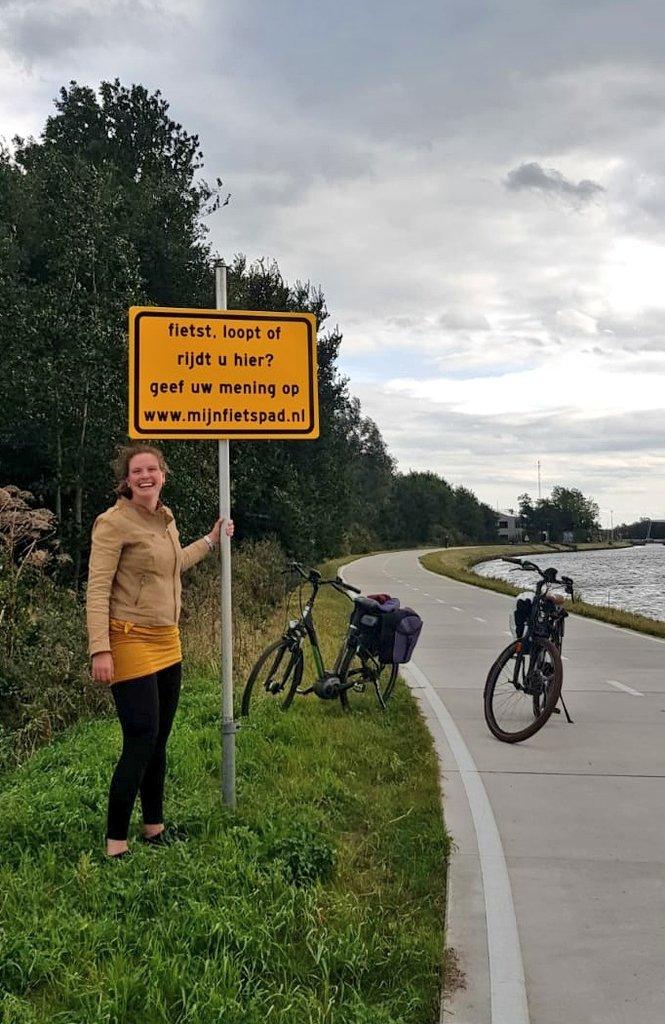 Hoi Fietsers langs het Noord-Willemskanaal tussen Haren en Groningen: dit is het laatste weekend om de enquête in te vullen op  https://t.co/3eRNrTv8m9  over de campagne Oog voor Elkaar.  Blijven groeten hè, hoi! https://t.co/OuXcw8vsBE