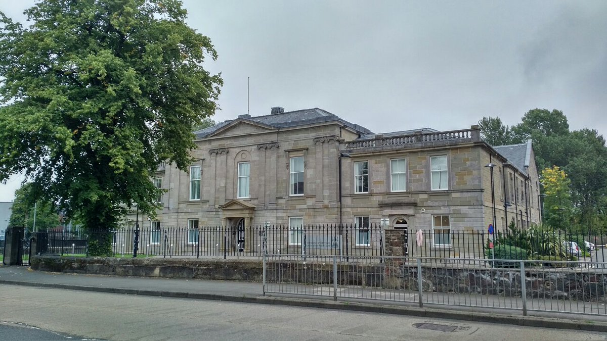 A Helensburgh man who smashed up his partners home in Garelochhead has been spared a jail sentence. Full story: helensburghadvertiser.co.uk/news/18747965.…