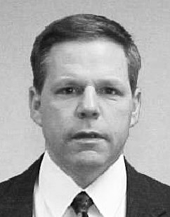 The #FBI remembers Supervisory Special Agent Steven A. Carr, who died #OTD in 2015 from leukemia related to his work at the Pentagon's Navy Annex following the 9/11 terrorist attacks. #NeverForget https://t.co/NG32Zll3Wx https://t.co/qjP7ksB3h3