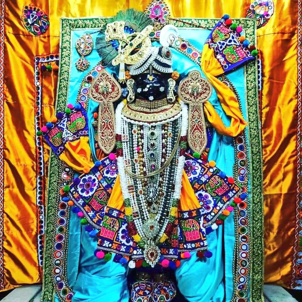 @AvdheshanandG 🙏ओम नमो नारायणायः। 🙏 श्री गुरु शरणं। श्री हरि शरणं। #दीनदयाल_उपाध्याय_जयंती