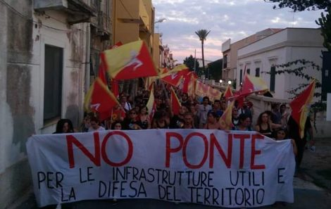 """Tornano i """"No Ponte"""" a Messina ma la protesta è per il Recovery Fund - https://t.co/HxJExD2hx7 #blogsicilianotizie"""
