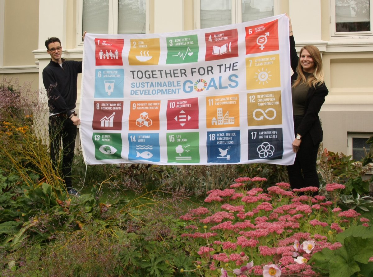 The #SDGs are the global plan for a sustainable and inclusive world, endorsed by all #UN members. This year we celebrate 5 years of the #SDGs. To celebrate, the @SwissEmbOslo and the Embassy of the Netherlands jointly hoisted the SDG flag. #togetherfortheSDGs https://t.co/D1l34razuh
