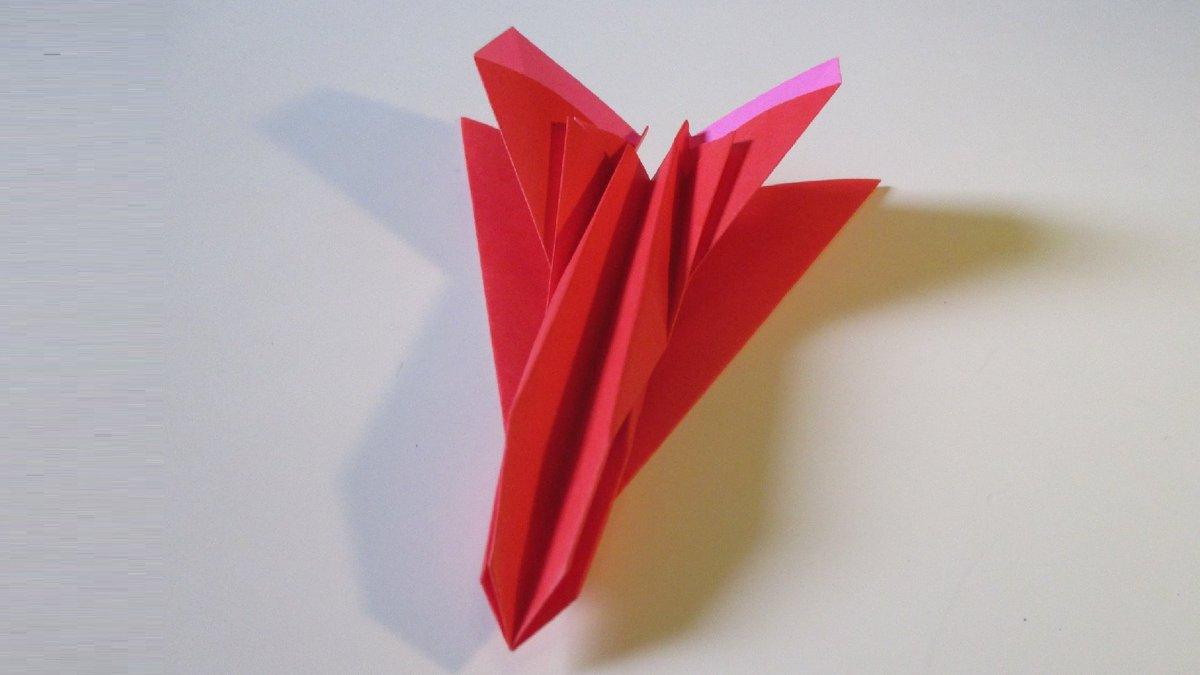 聖書《 ・・・イエスは言われた。「子どもたちを来させなさい。わたしのところに来るのを邪魔してはいけません。天の御国はこのような者たちのものなのです。」  マタイ19:14》 #origami  #折り紙 #おりがみ飛行機 #アート #折り紙作品  #創作 #art  #paperplanes #紙ヒコーキ  #みことば 作品紹介! https://t.co/BqjCJWvpdH