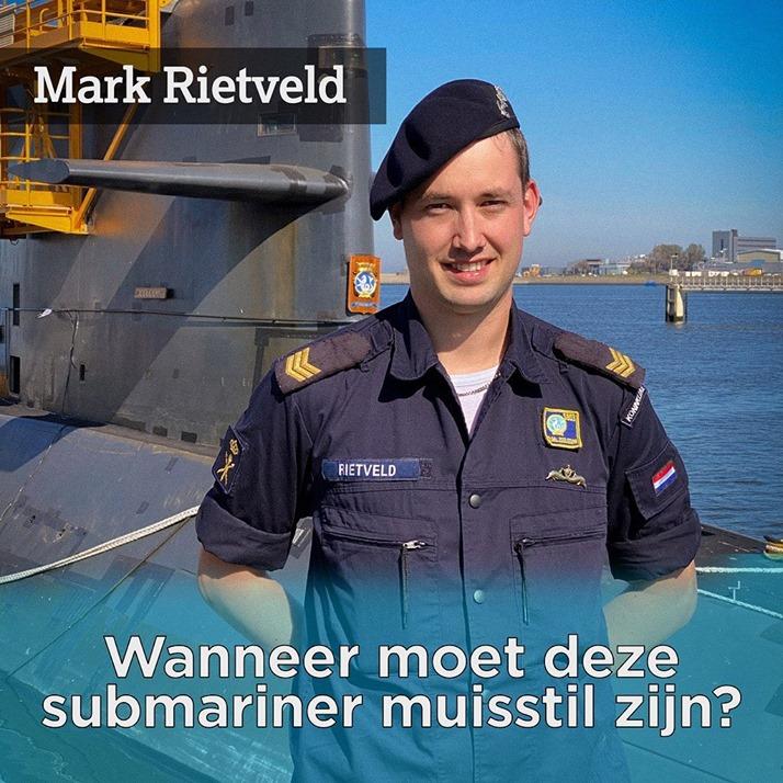 Mark werkt bij de technische dienst. Hij zorgt dat de onderzeeboot altijd blijft varen. Leer meer over werken bij de Onderzeedienst op donderdag 1 oktober om 11uur tijdens Onderzeedienst Live, meld je gratis aan op: werkenbijdefensie.nl/onderzeedienst… #jemoethetmaarkunnen #onderzeedienst🐬🇳🇱