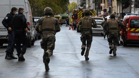 Attacco a Parigi vicino alla ex sede di Charlie Hebdo, ci sono feriti - https://t.co/sXxAPSRAvW #blogsicilia #parigi #charliehebdo