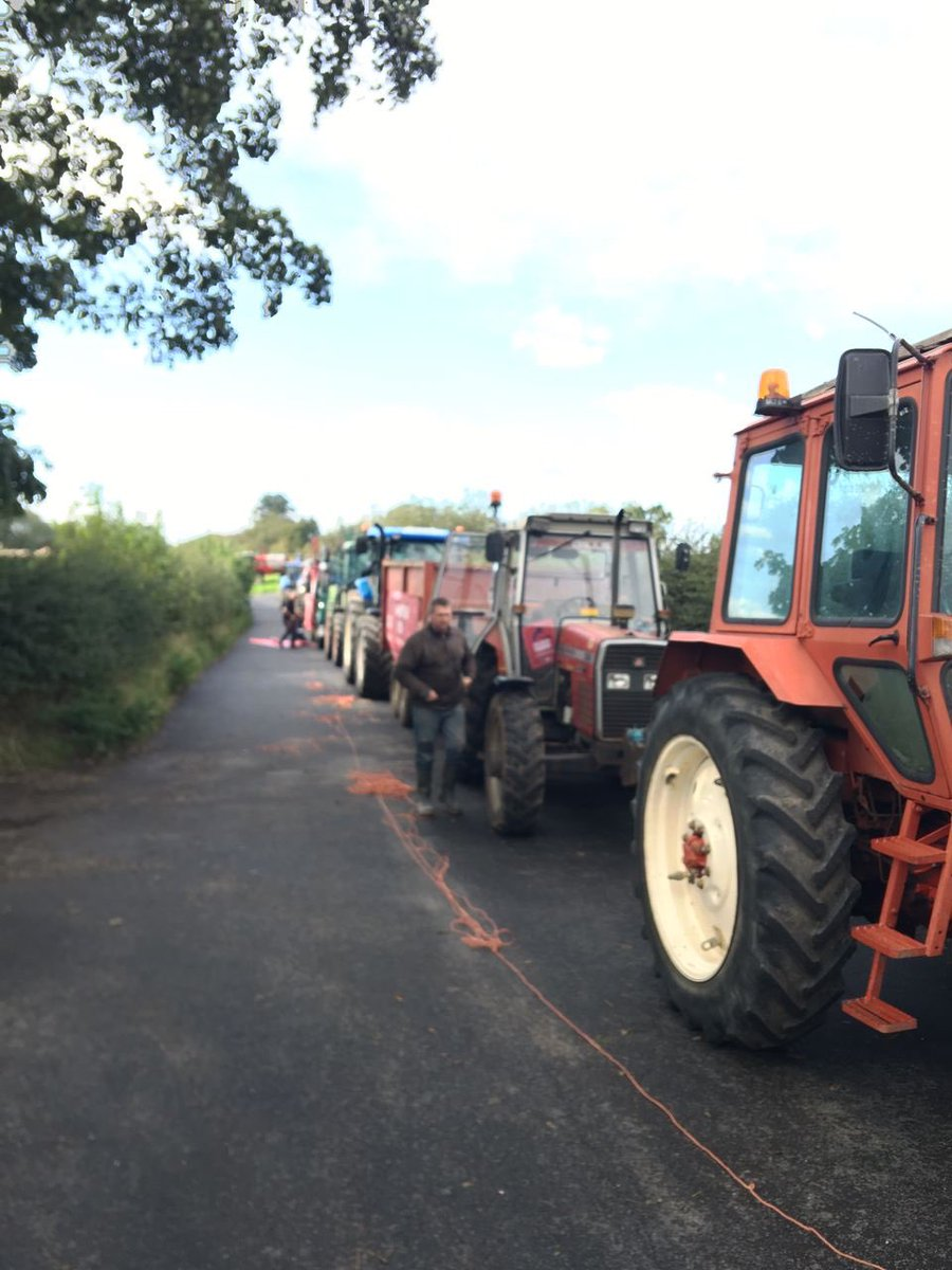 Our #SaveBritishFarming tractor demo in #Northallerton, North Yorkshire is preparing to kick off. We're campaigning to keep 🇬🇧 #FoodStandards https://t.co/E9kmv9iVcs