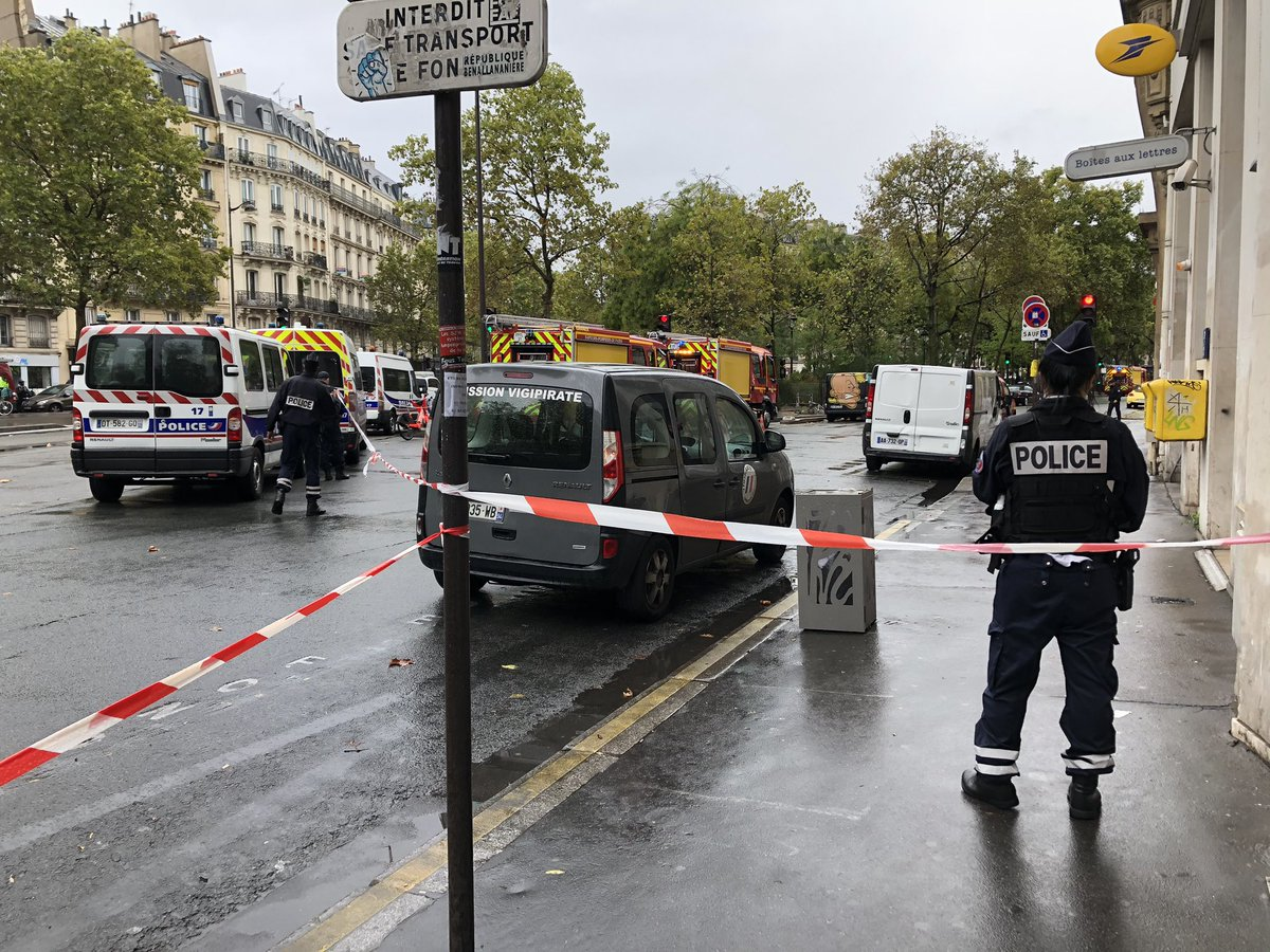 The area around the satirical magazine Charlie Hebdo's former news room in Paris is cordoned off, after a knife attack happened in front of it around midday.  Two people arrested, but not confirmed yet that they are the attacker/s #CharlieHebdo @dw_europe https://t.co/fRl9F6GWRE