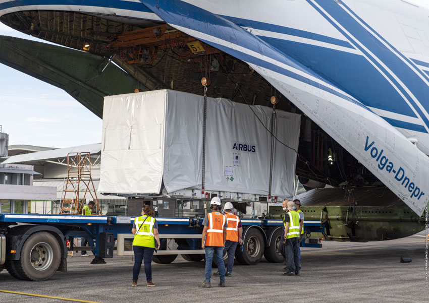 The Spanish #SEOSATIngenio high-resolution imaging satellite has been delivered to French Guiana for our #Vega Flight #VV17 in November. We signed this 840-kg.-class spacecraft's launch services contract with @ESA for Spain's CDTI (@CDTIoficial). @ESA_EO @ESA_es https://t.co/9AhLbI4lOm