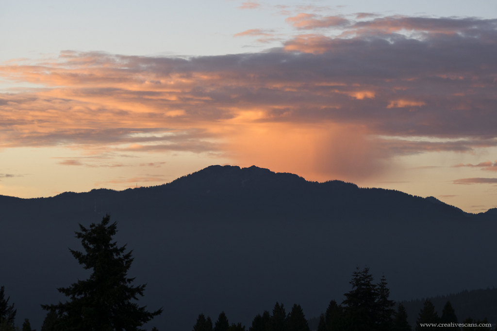 Sunset clouds over Mt Seymour BC . . . . #photos604 #sunset #clouds #vancouverbc #explorebc #weather #sky #myportcity #pacificnorthwest #SonyAlpha #burnaby365 #nosmoke #July https://t.co/gymj2wf3l2